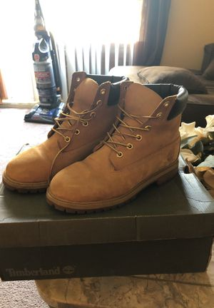 Timberland shoes size 6Y for Sale in Los Angeles, CA
