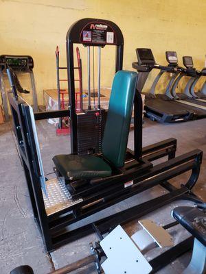 promaxima leg press for Sale in Miami, FL
