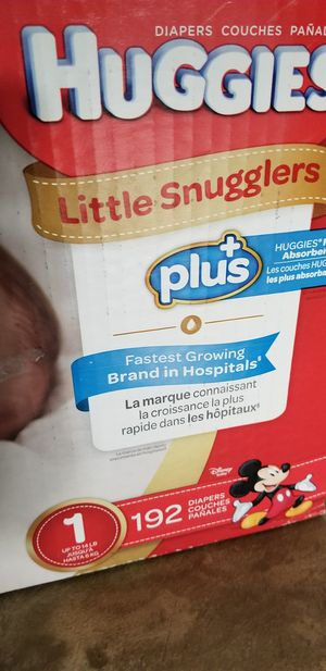 Huggies Little Snugglers plus for Sale in Olmsted Falls, OH