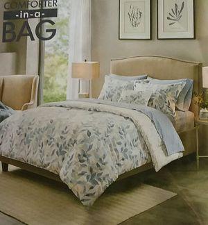 Madison park essentials 6 piece twin bedding set for Sale in Milton, FL