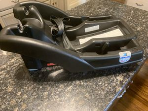Base for Graco Snug Fit Infant car seat for Sale in Detroit, MI
