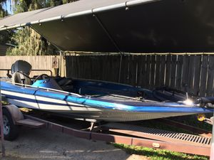 Bass boat for Sale in Dade City, FL