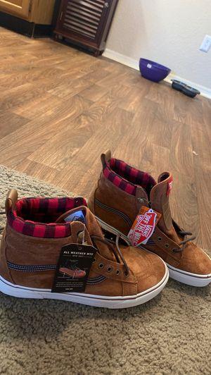 Vans High Top Skate Shoes (Size 10.5 Men's) for Sale in Broken Arrow, OK