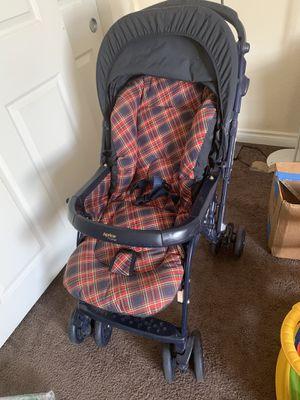 Free Aprica Japanese 8 wheels stroller for Sale in Las Vegas, NV