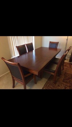 Extendable Dining Table Set ( moving out deal) for Sale in Westland, MI
