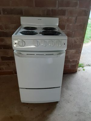 Like new unique sized oven/range for Sale in Snohomish, WA