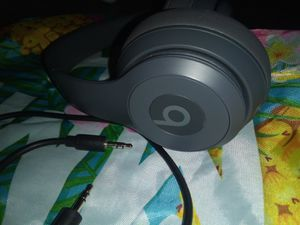 Beats by Dre Solo 3 wireless headphones for Sale in Baltimore, MD