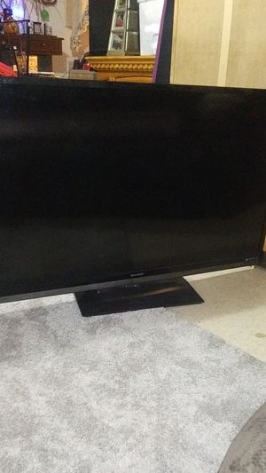 """Sharp Aquos Liquid Crystal 60"""" inch flat screen television tv for Sale in Milwaukie, OR"""