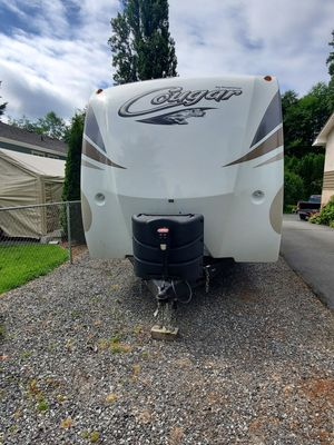 Travel trailer 2017 Cougar for Sale in Bothell, WA