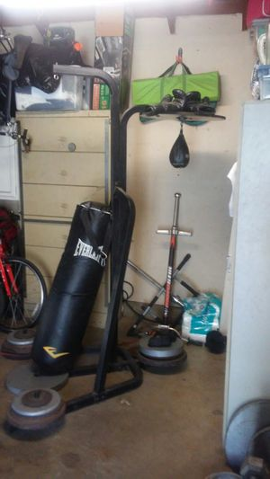 speed bag stand for Sale in Yorba Linda, CA