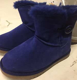 Girls boots for Sale in Victorville, CA