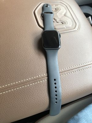 Apple Watch series 4 44m for Sale in Whitehouse, TX