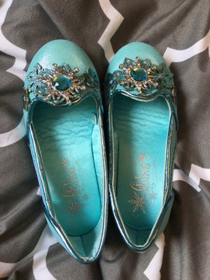 Disney Elsa shoes- new for Sale in Revere, MA