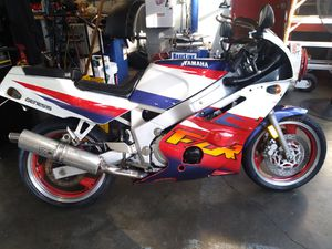 95 yamaha FzR 600 for Sale in Raleigh, NC