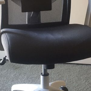 Comfy & Supportive Office Chair for Sale in Menifee, CA