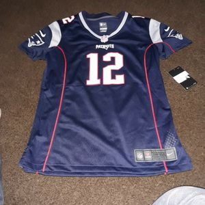 Tom Brady PATRIOTS JERSEY [SMALL] for Sale in Long Beach, CA