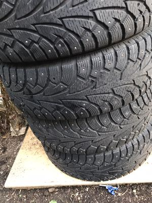 205/65R15 All season Tires / Winter Tires for Sale in Brier, WA