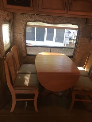 5th Wheeler keystone Everest camper, 3 Bedrooms one bath, connected Sunroom $ 15.500. for Sale in Malden, MA