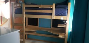 Twin Loft Bed w/desk for Sale in Maple Valley, WA
