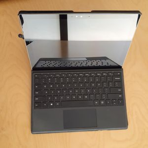 Microsoft Surface 4 - Laptop/Tablet for Sale in Sacramento, CA