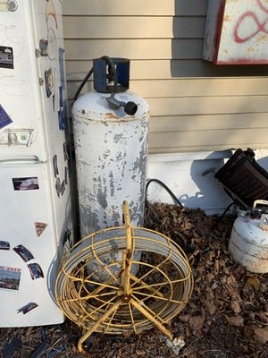 Large and small propane tanks for house job for Sale in Philadelphia, PA