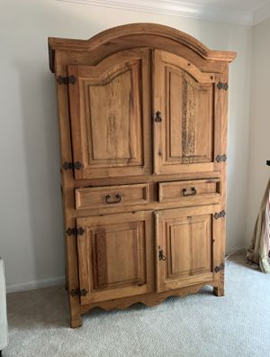 ANTIQUE TV ARMOIRE for Sale in Gaithersburg, MD