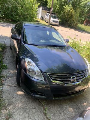 2011 Nissan Altima for Sale in Cleveland, OH