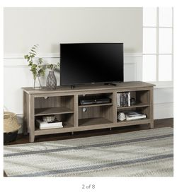 """Walker Edison Wood TV Media Storage Stand for TVs up to 78"""" for Sale in Long Beach,  CA"""