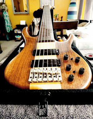 Ken Smith BSR 6 string Bass Guitar for Sale in Waldorf, MD