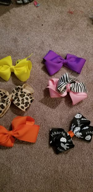 6 assorted hairbows for Sale in Feasterville-Trevose, PA