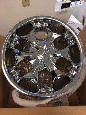 Rim 18 inch for Sale in Cleveland, OH