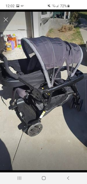 Double stroller for Sale in Pico Rivera, CA