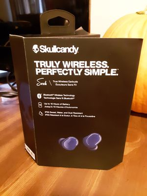 Skullcandy wireless headphones for Sale in Lorain, OH
