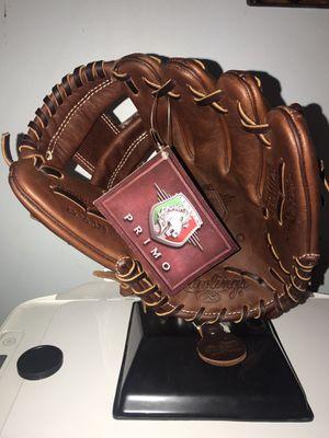 Rawlings baseball glove. for Sale in Riverside, CA