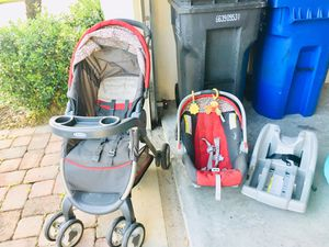 Car seat and stroller with car seat base- $35 for Sale in Tampa, FL