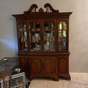 China cabinet for Sale in Davenport, FL
