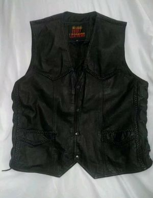 Hot Leathers Motorcycle Vest Size 50 Excellent Condition for Sale in Christiansburg, VA