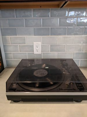 NUMARK TT-1510 TURNTABLE for Sale in Long Beach, CA