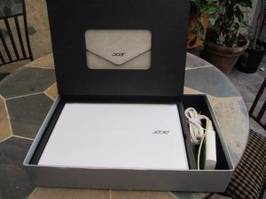 Acer aspire s7 touchscreen intel i5 for Sale in Long Beach, CA