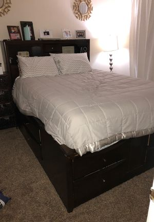Wayfair queen bed frame with storage for Sale in San Diego, CA