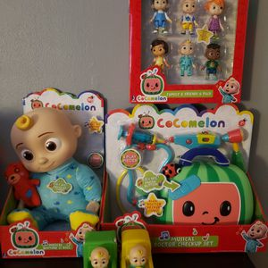 Cocomelon Bundle ALL NEW Talking JJ Doll, Talking Doctor Kit, 2 JJ ROLLING BUS AND CAR, Family And Friends 6 Pack. for Sale in San Antonio, TX