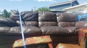 real lether couch for Sale in Pico Rivera, CA