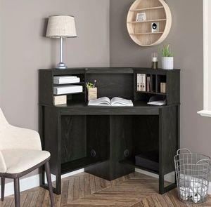 Corner Desk Hutch Black Oak New Home Office for Sale in Los Angeles, CA