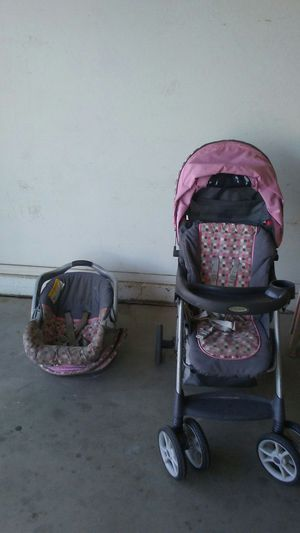 Graco car seat and stroler for Sale in Phoenix, AZ