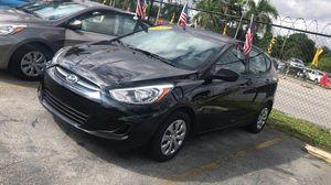 Hyundai Accent hatchback 2017 for Sale in Miami, FL