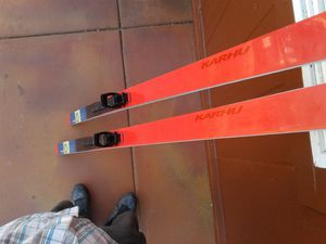 Waxless/Metal Edged/ Karhu CrossCountry Crosstrx Skiis with Bindings and boots and poles. for Sale in San Diego, CA