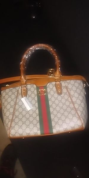 Designer purse for Sale in Mansfield, OH