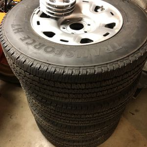 Nissan Titan LIKE NEW Wheels&Tires! for Sale in Ephrata, PA