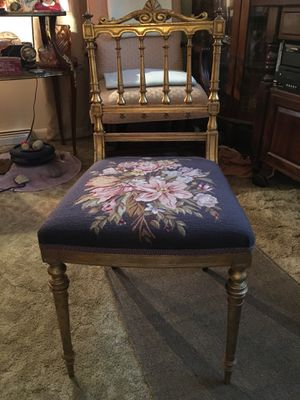 Antique Gilt Child's Chair for Sale in Halethorpe, MD