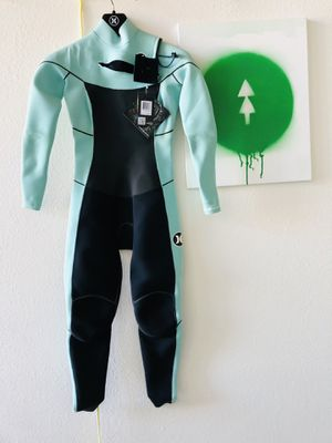 New women surfboard surf wetsuit fullsuit Hurley phantom 202 roxy O'Neill billboard for Sale in San Diego, CA